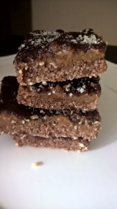 Healthy Snickers Bar - gluten free, grain free, dairy free, refined sugar free